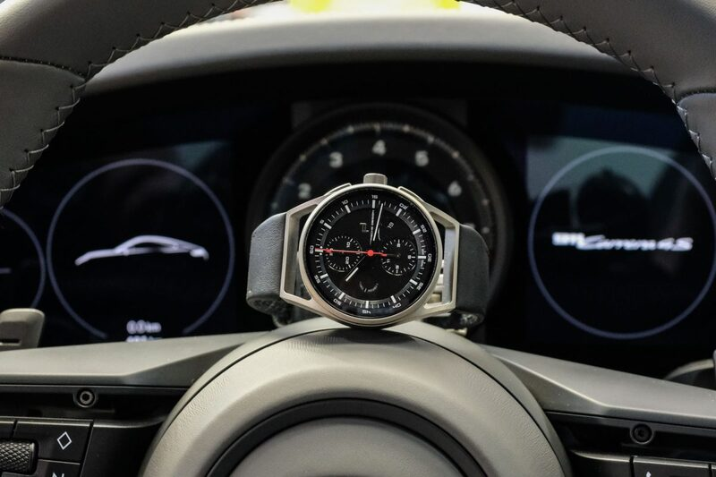 Driving the new Porsche 992 and wearing the Porsche Design 911 Chronograph Timeless Machine