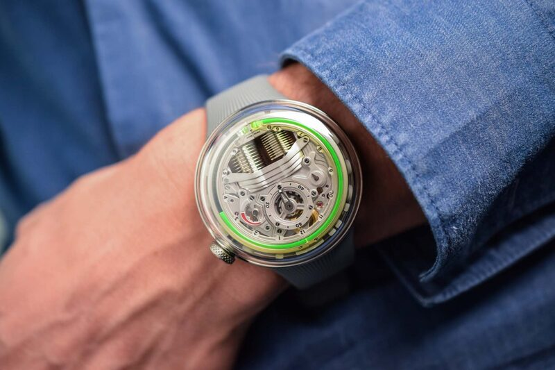Exploring the New HYT H5, still with Fluidic Time, now with a New Movement