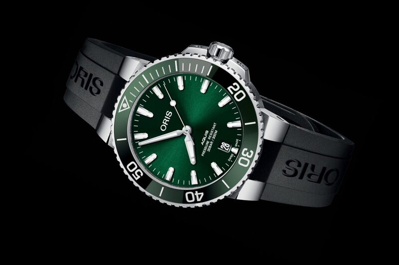 Oris Aquis Date 39.5mm now with Green Dial