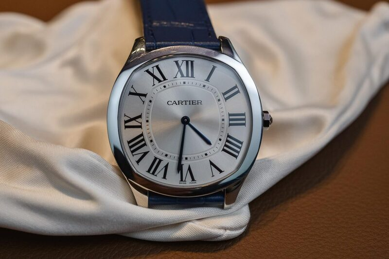The Battle of Elegant Time-Only Watches Part 1 – Drive de Cartier Extra-Flat